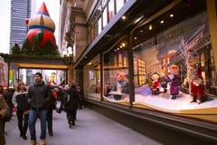 Macys NYC-ferie Windows Royaltyfri Foto