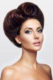 Madame avec des cheveux sous forme de coeur Photo stock
