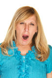 Madame blonde de baîllement Image libre de droits