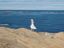 Madame dans le blanc 23 Images libres de droits