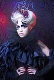Madame dans le noir. Photos stock