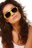 Madame en verres jaunes photos libres de droits