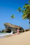 Madame sur la plage Images libres de droits