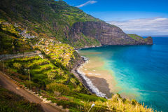 Madeiraö i solig dag på vintern, Portugal arkivbilder