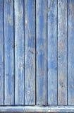 Madeira antiga com pintura rachada da cor azul Imagens de Stock Royalty Free