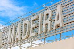 Madeira-Beschriftung am Flughafen Lizenzfreie Stockfotos