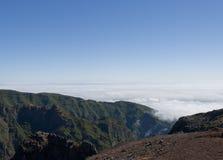 Madeira: cielo y montañas Fotos de archivo
