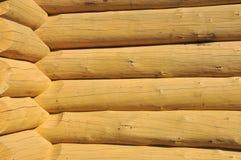 A madeira construiu a parede de uma cabine rural do estilo velho Imagem de Stock Royalty Free