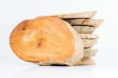 Madeira cortada nas partes Fotografia de Stock