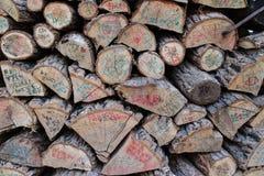 Madeira do log com nome Fotos de Stock