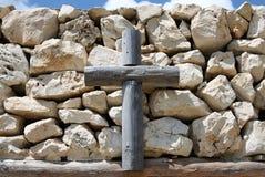 Madeira e pedras Imagens de Stock