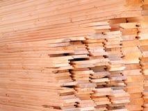 Madeira empilhada da construção Fotos de Stock