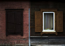madeira gasto velha janela aberta Fotografia de Stock Royalty Free