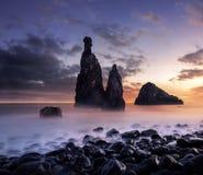 Madeiralandskap på solnedgången royaltyfri foto