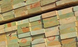 Madeiras de pinho tratadas pilha Imagem de Stock Royalty Free