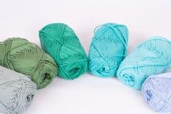 Madejas coloridas del hilado Imagen de archivo libre de regalías