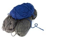 Madejas de las lanas aisladas fotos de archivo
