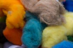 Madejas de ?olored de lanas Fotos de archivo libres de regalías