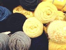 Madejas del hilado colorido de la diversión Foto de archivo libre de regalías