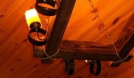 Madera antigua de la lámpara Fotos de archivo libres de regalías