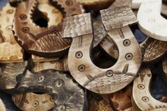 Madera de herradura, suerte conceptual de la fortuna del fondo Foto de archivo libre de regalías