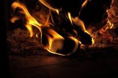 Madera en el fuego 1 Imágenes de archivo libres de regalías