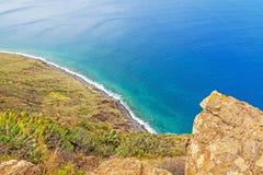 Madera, Ponta do Pargo - trillende klippenkust Stock Foto