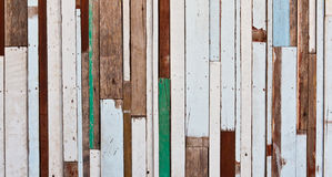 Madera vieja a una pared Fotos de archivo libres de regalías