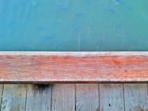 Madera y agua Imagenes de archivo