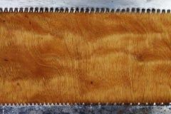 Madera y hojas de sierra, fondo industrial del extracto del grunge foto de archivo libre de regalías