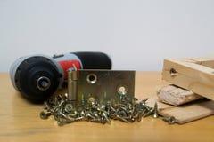 Madera y tornillos Imagen de archivo libre de regalías