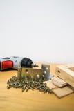 Madera y tornillos Foto de archivo libre de regalías