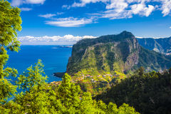 Maderia-Insel, von Faial-Dorf Stockbild