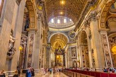 Maderno ` s教堂中殿在圣皮特圣徒・彼得` s大教堂 库存图片