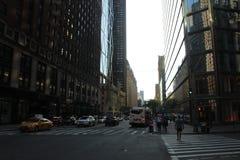 Madison av на Нью-Йорке во дне воскресенья стоковое изображение rf