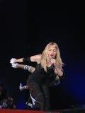 Madonna all'interno del concerto in tensione Immagini Stock Libere da Diritti