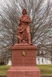 Madonna de la estatua del granito del rastro - uno de 12 que puntean Fotos de archivo