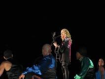Madonna dentro del concierto vivo fotografía de archivo