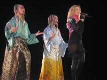 Madonna dentro del concierto vivo foto de archivo