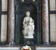 Madonna di Bruges da Michelangelo, Bruges, Belgio Fotografie Stock Libere da Diritti