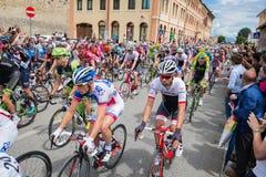 Madonna di Campiglio Italia 24 maggio 2015; Yrkesmässiga cyklister under Postgirot D'Italia Royaltyfria Bilder