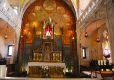 Madonna negro de madera dentro de la iglesia de Notre Dame en Rocamadour, Francia Foto de archivo