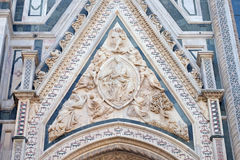 Madonna podpasanie, portal Florencja katedra obrazy royalty free