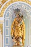 Madonna y niño Jesús en la iglesia de Valencia fotografía de archivo libre de regalías