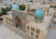 Madrasa mi-jag-arab i Bukhara royaltyfri foto
