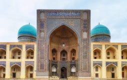 Madrasa mi-jag-arab i Bukhara, uzbekistan fotografering för bildbyråer