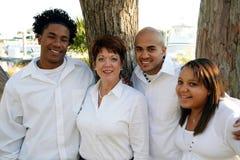 Madre adoptiva con los niños Imagen de archivo