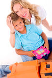 Madre che gioca con il figlio Immagini Stock