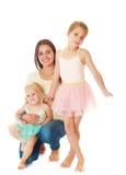 Madre con dos hijas imagen de archivo