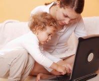 Madre con el bebé Imagen de archivo